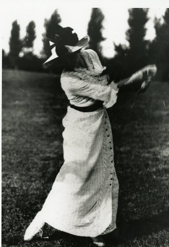RC94-Woman Playing Golf_No Name or Date_197.jpg
