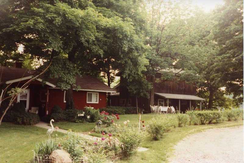 AS104-cottages_67+68-South_Side_Country_Club002.jpg