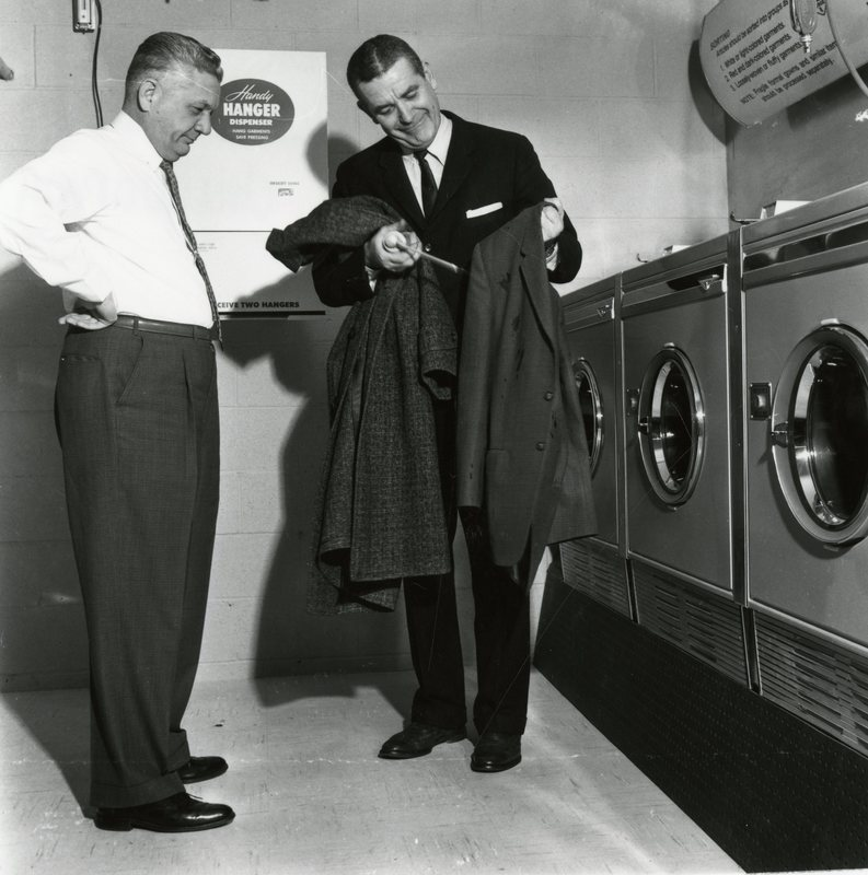 BS60-BRETTWOOD_LAUNDRY_&_DRY_CLEANING.jpg