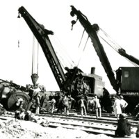 RR46-WABASH_YARD_WRECKING CRANE 3185_ENGINE DOWN_1929269.jpg