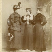 BS106-East_End_Gallery-3 Women_No date.jpg