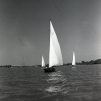 LD58-Lake_Decatur_Sail_Boats_Yacht_Racing_8-25-1946_0042.jpg
