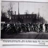 AU14-motorcyclists_in_front_of_Carnegie_Library-1910.jpg
