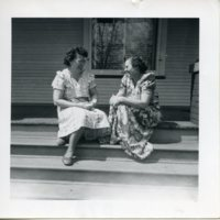 BF43-2_women_on_porch043.jpg