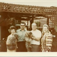 BF177-Swede+wife+dogs+unknown_people-1970_180.jpg