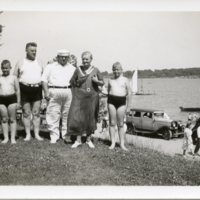 BF109-Besalke_family_at_the_lake111.jpg