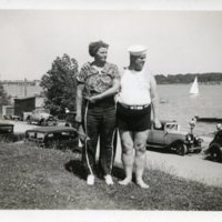 BF105-Mr+Mrs_William_Besalke_at_the_lake107.jpg