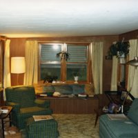 AS107-inside_of_cottage_66-South_Side_Country_Club005.jpg