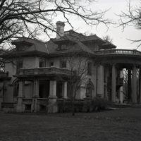 HO289-Powers_Mansion_Chas_G_Powers_Home_Exterior_4-21-1939_071.jpg