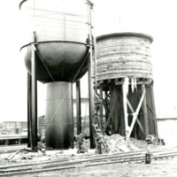 RR35-Wabash New & Old Towers at Jasper St Decatur, IL 2-5-37263.jpg