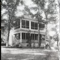 HO277-Houses_510_Powers_Lane_Const_Theron_Powers_C1900_0009.jpg