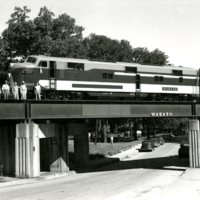 RR119-Wabash RR EMD model E-7A- at Oakland  Ave Decatur Il  08-19-1946  010.jpg