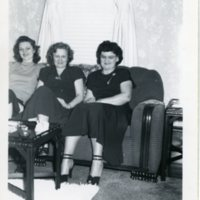 BF47-Mrs_Besalke+2unknown_women047.jpg