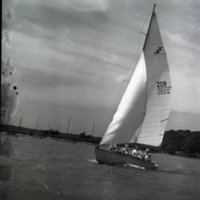 LD60-Lake_Decatur_Sail_Boats_Yachting_7-25-1948_0039.jpg