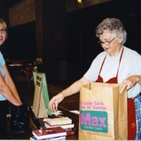 LB973-Friends_booksale-2002-031.jpg
