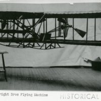AV5-Wrights_Bros_Flying_machine.jpg
