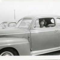 BF164-woman_in_a_car-1948166.jpg