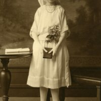 BF92-unknown_communion_girl094.jpg