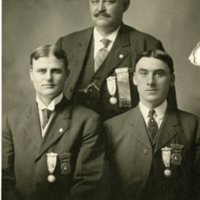 BIO411-THOMAS_CHARLES_F, SEATED_LEFT, 3-8-1912.jpg