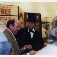 LB315-Lincoln Exhibit013.jpg