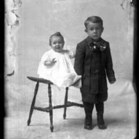WS094-Bell_Mrs_JW-2children158.jpg