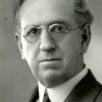 BIO97-DAVIDSON_DR_WILLIAM_PARR-2, 6-30-1929086.jpg