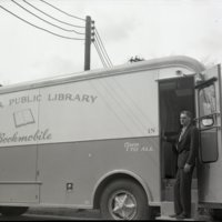 LB1254-Decatur_PL_Bookmobile_4-11-1959_0017.jpg