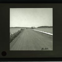 WS1536-Lost_Bridge_Rd_looking_west_to_Southmoreland_pl-early1930s-H+R046.jpg