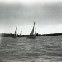 LD55-Lake_Decatur_Sail_Boats_Yacht_Races_8-25-1946_0049.jpg